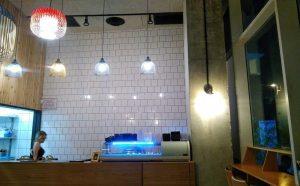 קיר דמוי לבנים משיפוץ מסעדת הסושייה